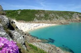 10 UK Holiday Destinations - Cornwall - Click to make an enquiry