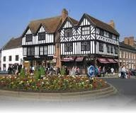 10 UK Holiday Destinations - Stratford - Click to make an enquiry